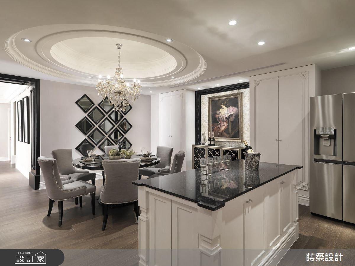 手工木作中岛吧台的细节,菱形茶镜磨边装饰,都为餐厨空间增添质感,成为空间亮点。