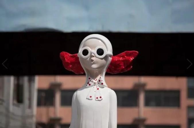 世博展览馆 H2E60 - 泥歌雕塑