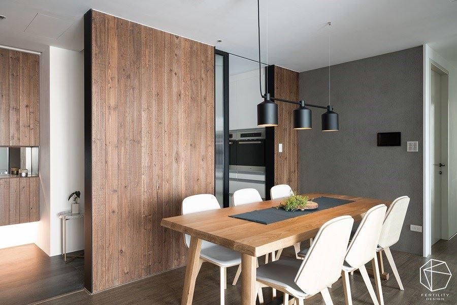 厨房设置玻璃推拉门,有效阻挡油烟逸散,同时无碍光线交流。