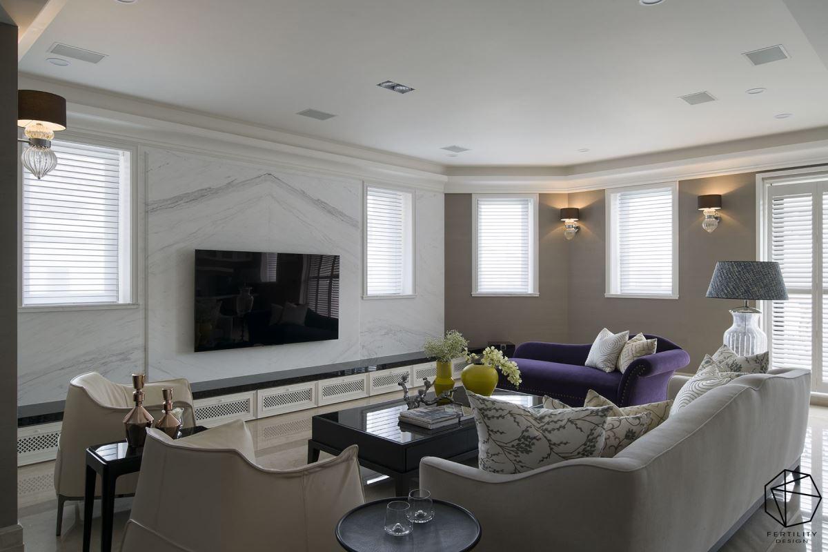 三楼空间,额外规划小客厅,有别于一楼的大客厅,作为一家人专属的凝聚感情场域。