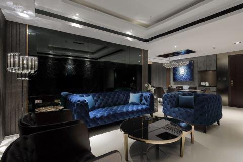 帮他挑的宝蓝色沙发 定义132 m²的小奢华 联宽室内装修有限公司 王毓婷