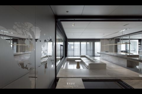 他将客厅换了小剧场 颠覆145㎡现代风公寓 璧川设计事务所 Beatrix Design 卓思齐
