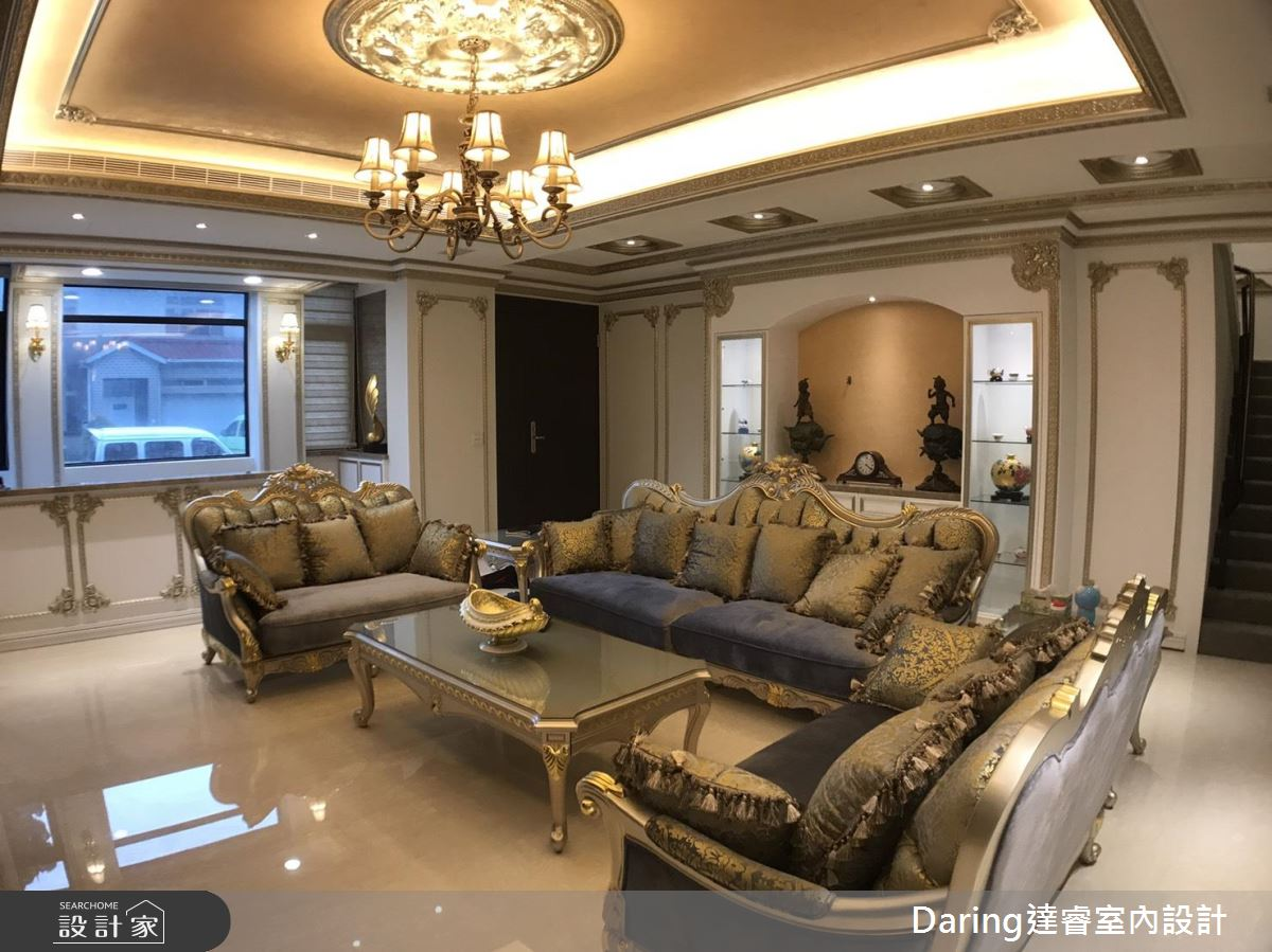 中古屋变身古典宅,满足对欧风皇室的想像
