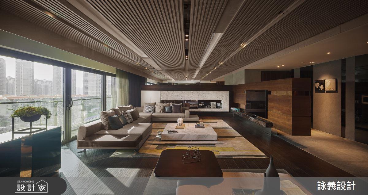 各式线条的木纹堆叠 展现隐而大器的豪宅风範