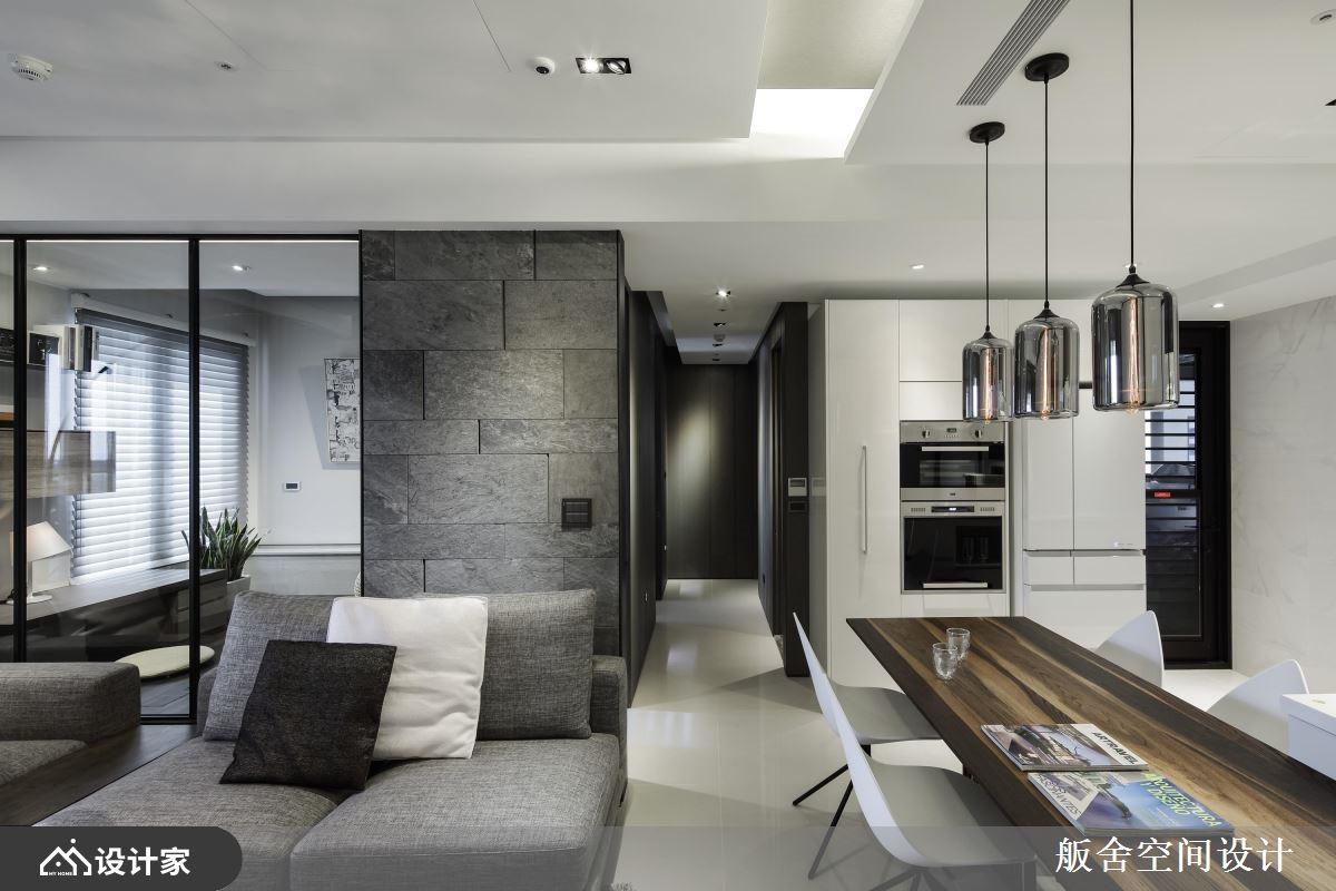 半开放设计打开现代宅视野,一家 4 口舒服入住!