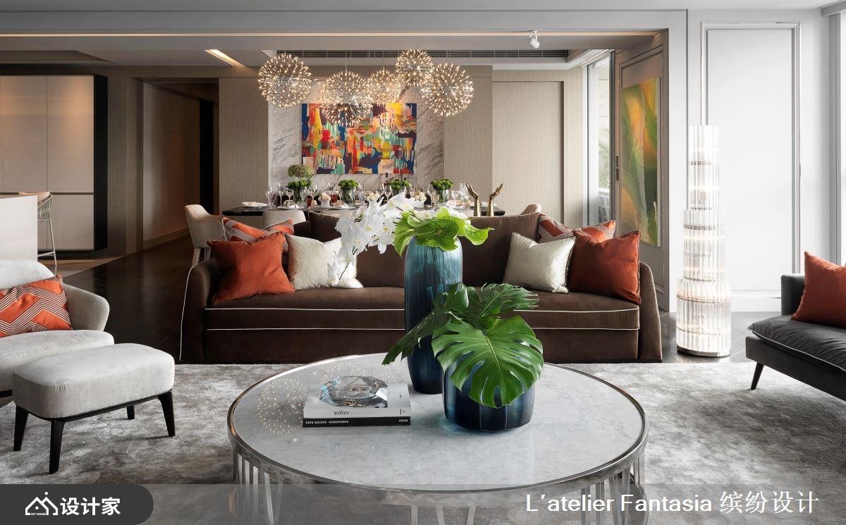 延揽城市美景,揉合法式古典与风格旅店的梦幻宅邸