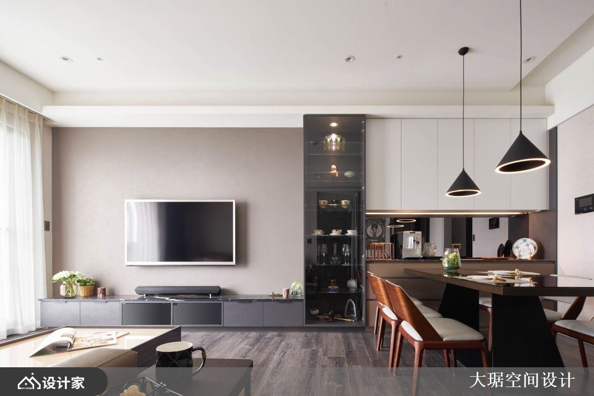 开放大空间X风格展示收纳柜 创造满满机能且充满人文现代风私宅