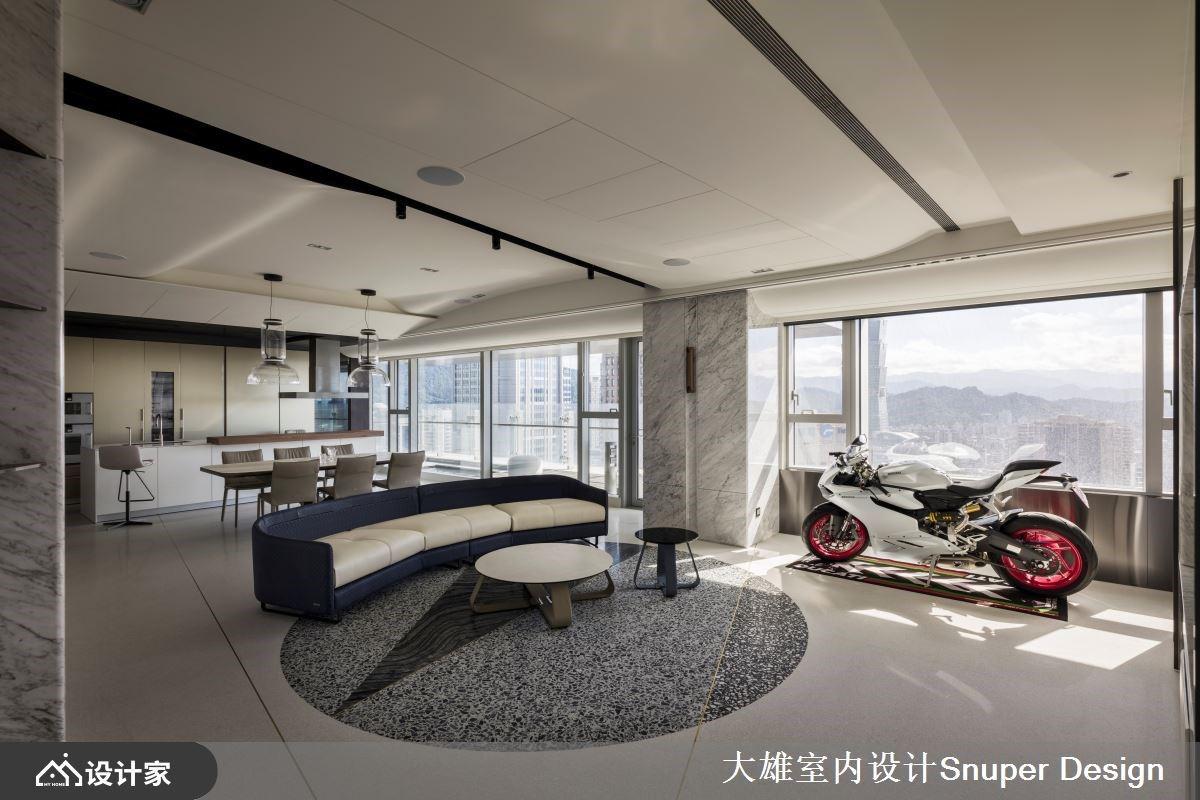 室内设计新高度!以游艇意像柔化梁与柱,高度个性化的顶级豪宅